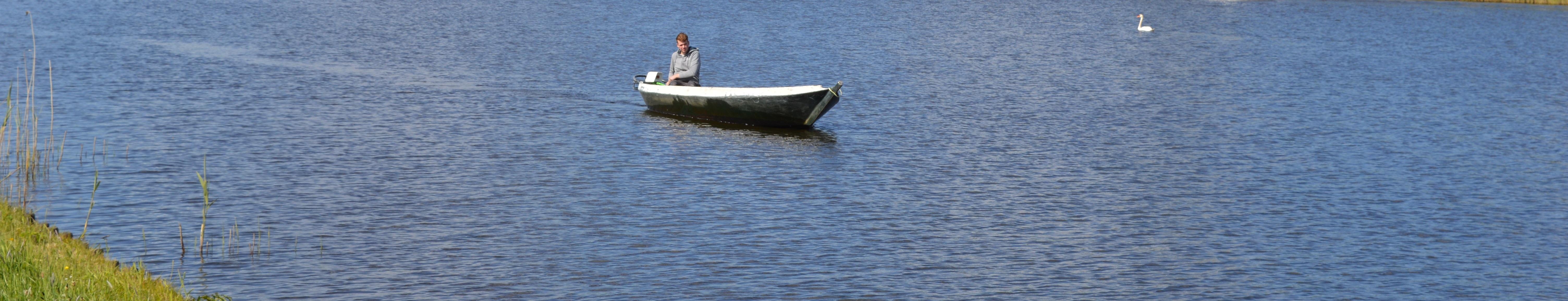 fluisterboot huren in vollenhove vlakbij kalenberg giethoorn blokzijl